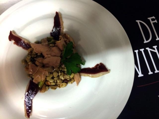 Salteado de habitas tiernas con boletus y foie-gras